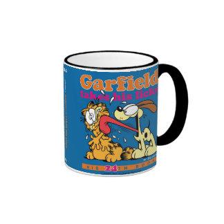 Garfield nimmt seins leckt Tasse