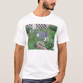 Garten-Miezekatze T-Shirt