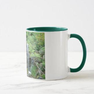 Garten-Wasserfall Tasse