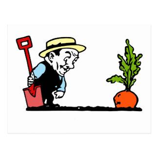 Gärtner mit Karotte Postkarte