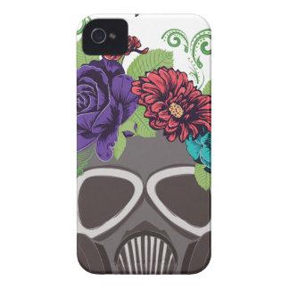 Gasmaske mit Roses3 iPhone 4 Cover