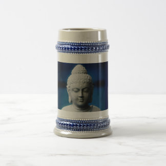 Gautama Buddha erleuchtete ein Bierglas