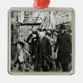 Gavroche, das eine Demonstration führt Quadratisches Silberfarbenes Ornament