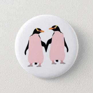 Gay Pridelesbische Penguins, die Hände halten Runder Button 5,7 Cm