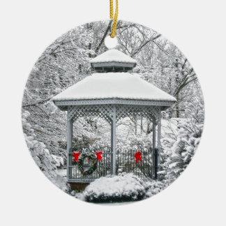 Gazebo im Schnee Keramik Ornament