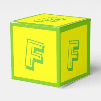 Gebäude-Block-Kasten des Buchstabe-F durch Janz Geschenkschachtel