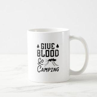 Geben Sie Blut gehen Camping Kaffeetasse