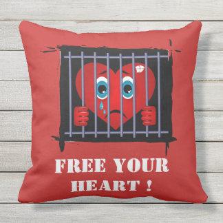 Geben Sie Ihr Herzkissen frei Kissen Für Draußen