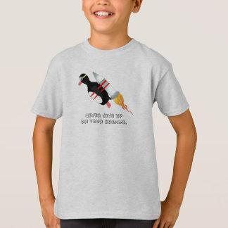 Geben Sie nie, Kinder auf T-Shirt