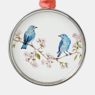 Gebirgsdrosseln auf Kirschblüte-Niederlassung Silbernes Ornament