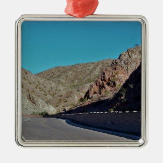Gebirgslandstraße in Arizona Silbernes Ornament