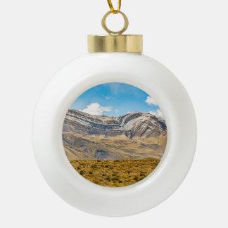 GebirgsPatagonia Argentinien Snowy Anden Keramik Kugel-Ornament