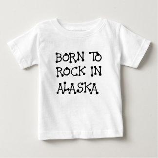 GEBOREN, IN ALASKA.png ZU SCHAUKELN Baby T-shirt