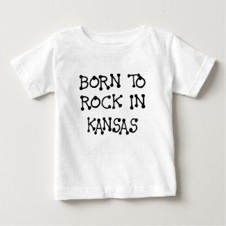 GEBOREN, IN KANSAS.png ZU SCHAUKELN Baby T-shirt