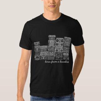 Geboren von einem boombox t-shirt