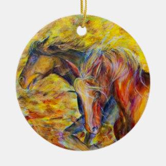 Geborene freie Pferde Rundes Keramik Ornament
