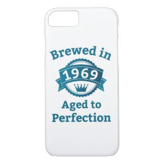 Gebraut im Jahre 1969 gealtert zur Perfektion iPhone 8/7 Hülle