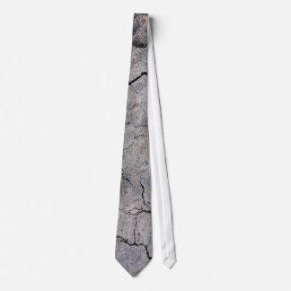 Gebrochene konkrete Krawatte