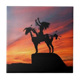 Gebürtiger amerikanischer Ureinwohner und Pferd Keramikfliese