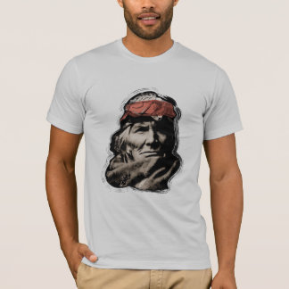 Gebürtiger Ureinwohner-Krieger T-Shirt