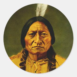 Gebürtiger Ureinwohner-Leiter Sitting Bull Runder Aufkleber