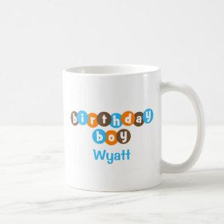 Geburtstags-Junge punktiert personalisiertes Kaffeetasse
