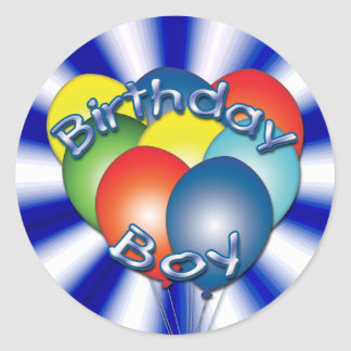Geburtstags-Junge steigt ringsum Aufkleber im