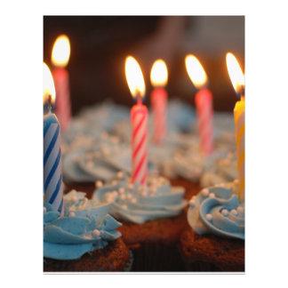 Geburtstags-Kerzen-kleine Kuchen Flyer