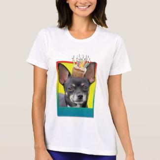 Geburtstags-kleiner Kuchen - Chihuahua - Isabella T-Shirt
