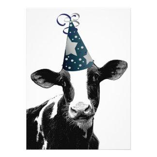 Geburtstags-Party-oder Baby-Duschen-Party-Kuh! Personalisierte Einladungskarte