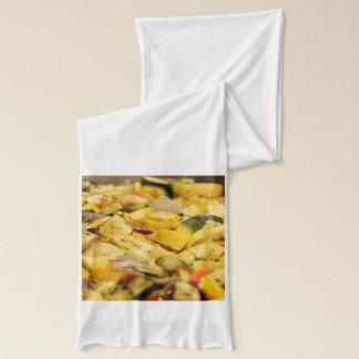 Gedämpftes Gemüse Schal