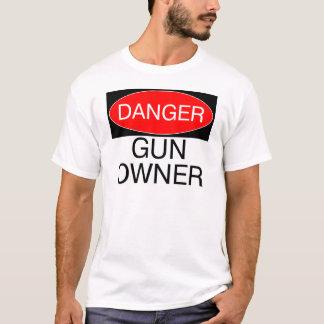 Gefahr - Gewehr-Inhaber-lustige T - T-Shirt