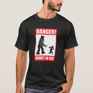 Gefahr! Roboter-gebräuchlicher T - Shirt