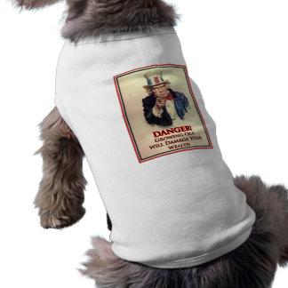 Gefahrenwachsendes altes Uncle Sam Plakat Shirt