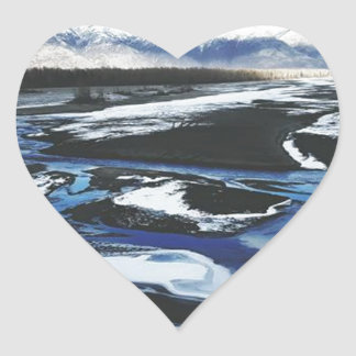 Gefrorener Knik Fluss Herz-Aufkleber