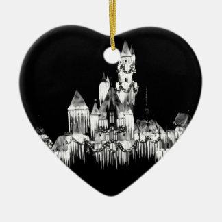 Gefrorenes Schloss - B&W Keramik Ornament