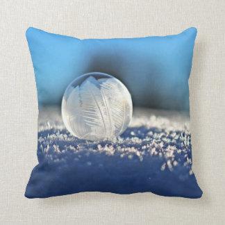 Gefrorenes Winter-Blasen-Wurfs-Kissen Kissen