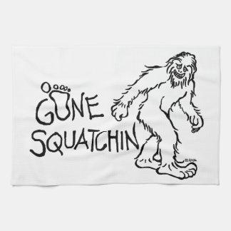Gegangenes Squatchin Handtuch