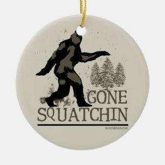Gegangenes Squatchin Rundes Keramik Ornament