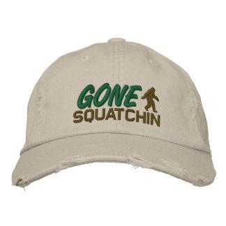 Gegangenes Squatchin - Schwarz-weiß und grün Bestickte Baseballkappe