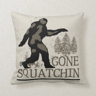Gegangenes Squatchin Zierkissen