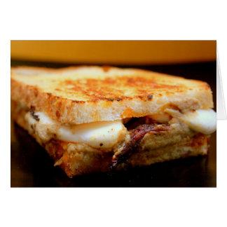 Gegrilltes Mozzarella-Sandwich mit rauchiger Auber Grußkarte