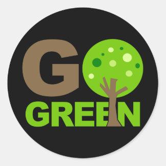 Gehen Baum recyceln grüner Runder Sticker