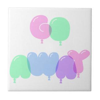 Gehen Blasen-Buchstaben weg Keramikfliese