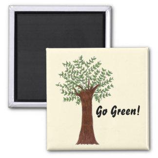 Gehen hoher Baum grüner Quadratischer Magnet