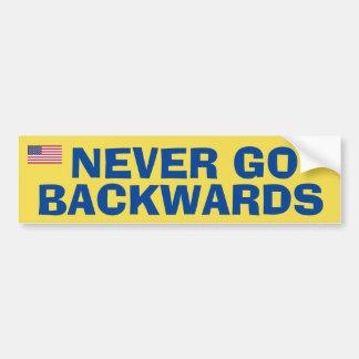 Gehen nie Backwardss Autoaufkleber