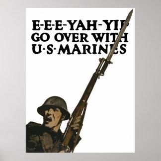 Gehen Sie darüber mit US-Marinesoldaten hinaus -- Poster