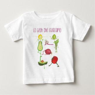 Gehen Sie mit dem Guacamo Kleid