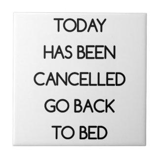 Gehen Sie zurück zu Bett zu gehen Fliese