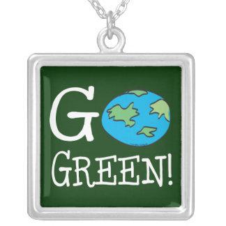 Gehen Tag der Erde grüner Versilberte Kette